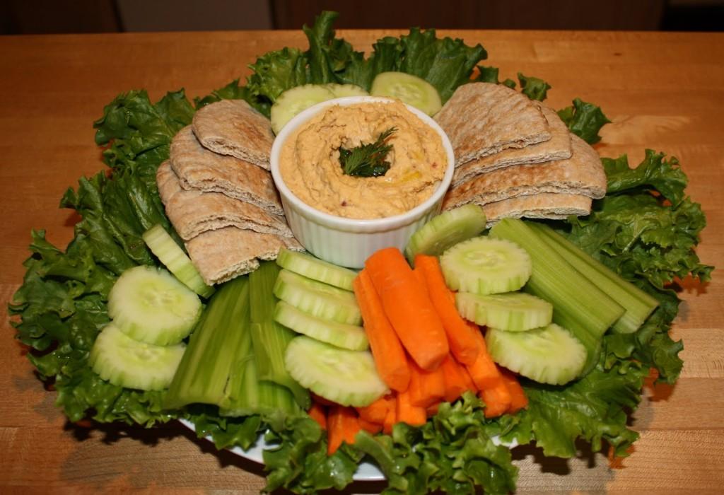 Hummus Heat with Pitas & Vegetables   The Kitchen Buzzz