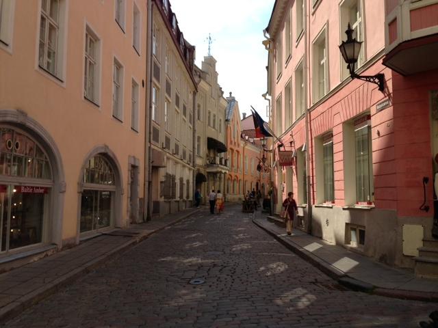 Tallin.ColorStreet