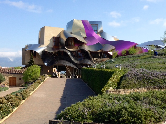 Image.MarquezGehryWow